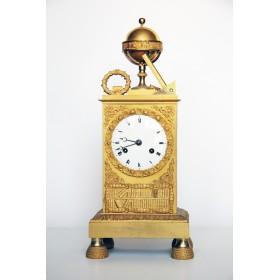 Антикварные настольные часы. Англия, XIX век. Стиль Ампир