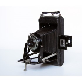 Старинный фотоаппарат Kodak. Англия, начало XX века.