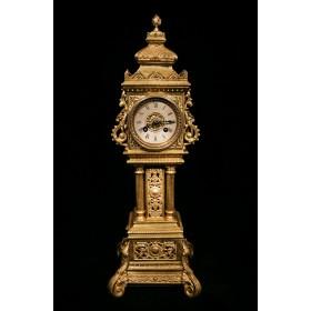 Антикварные башенные часы Триумф