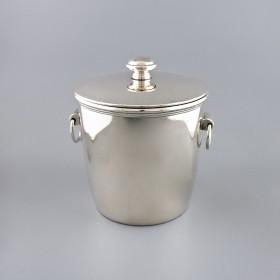 Старинное серебряное ведерко для охлаждения напитков