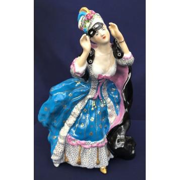 Кокетливая статуэтка Дама в маске