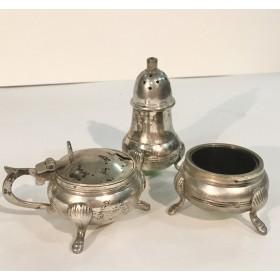 Очаровательный английский серебряный набор для специй конца XIX столетия