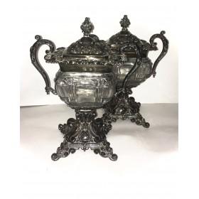 Пара старинных хрустальных ваз