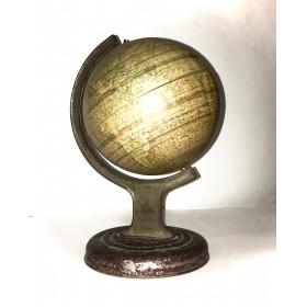 Винтажный глобус Chad Valley Co