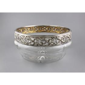 Антикварная ваза в серебряной оправе с золочением