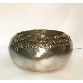 Серебряная округлая ваза для фруктов