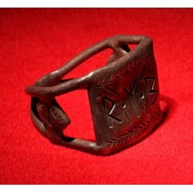 Антикварное кольцо скандинавского Тула рунескрипт Algiz