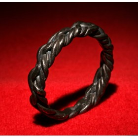 Антикварное кольцо скандинавского Тула коса Воина