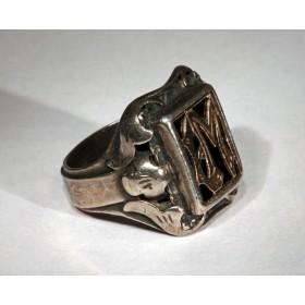 Старинное кольцо с монограммой ЕМ