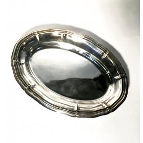 Овальная посеребренная тарелочка для сервировки