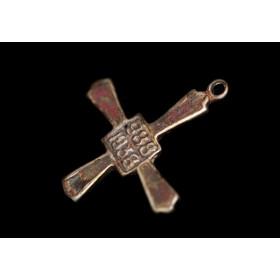 Старинный крест 950 лет крещения Руси