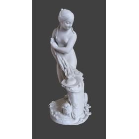 Антикварная женская статуэтка из бисквита