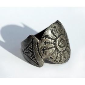 Старинное кольцо Вёльвы