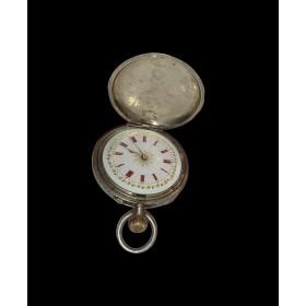 Антикварные швейцарские серебряные часы