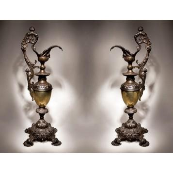 Купить пару антикварных кувшинов в викторианском стиле