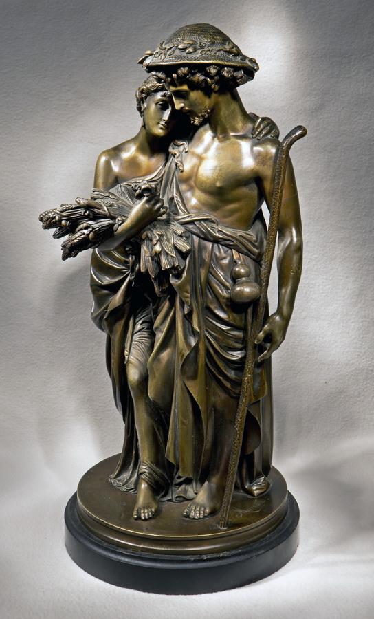 старинная бронзовая скульптура