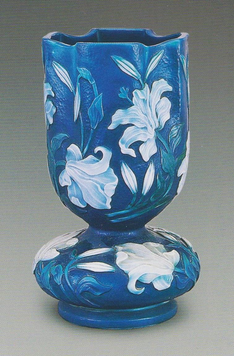 Старинное русское стекло Модерн, ИСЗ по рисунку П. Красновского ваза лилии 1902